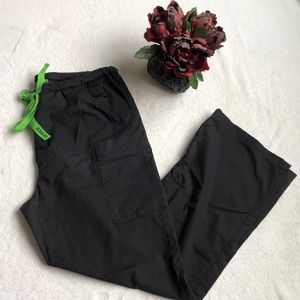 ☘️☘️ Black crocs scrub pants